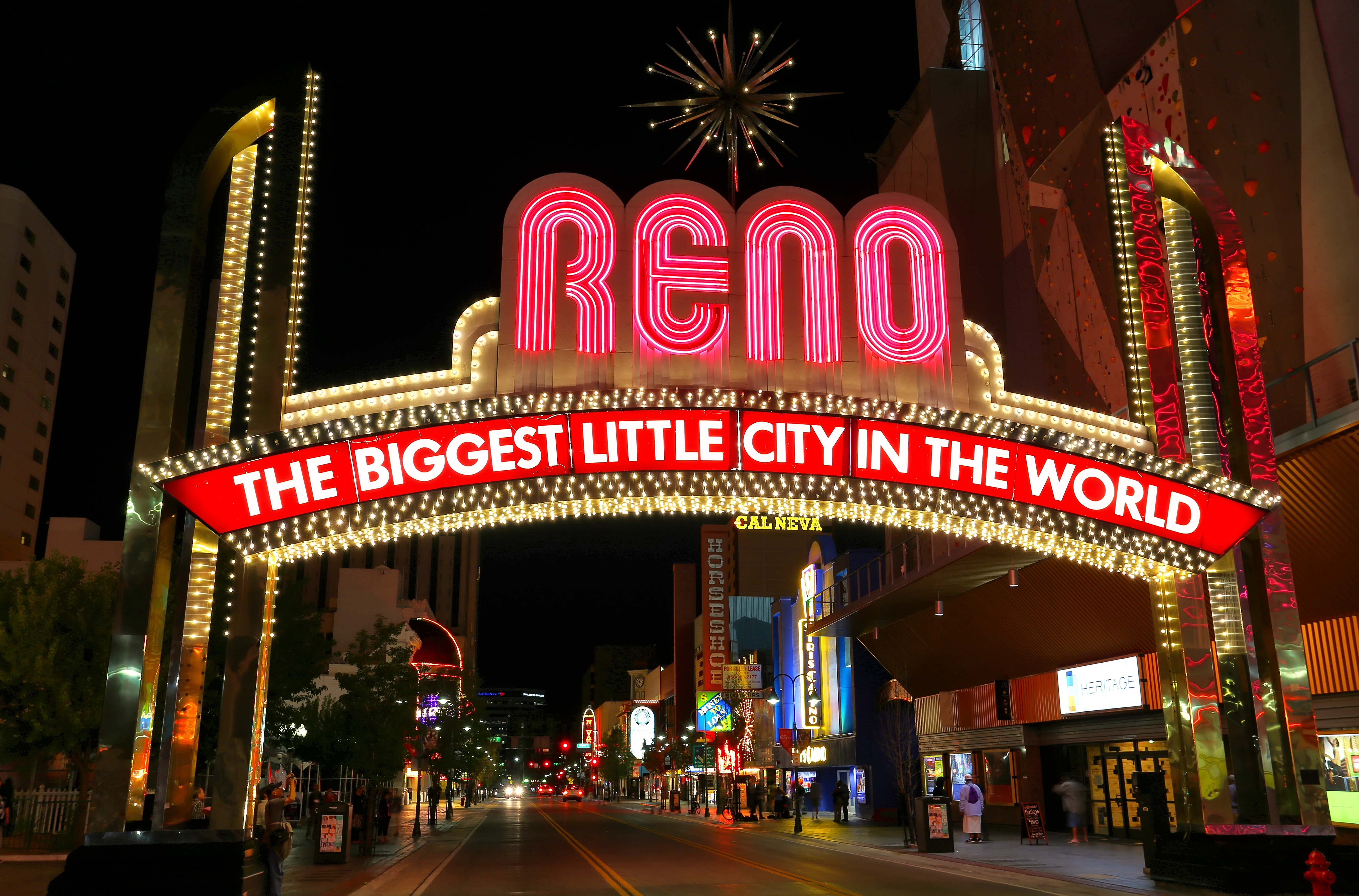 Reno Arch.png